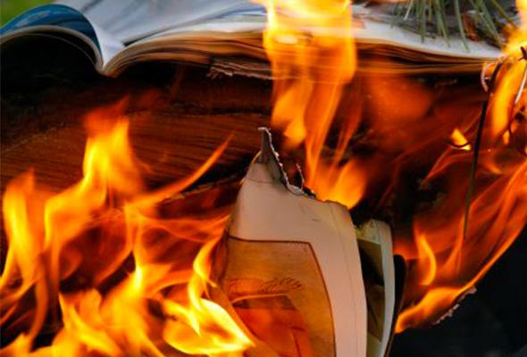 Présentation du Café Philo du 18 mai 2018, « Les cahiers au feu ? »